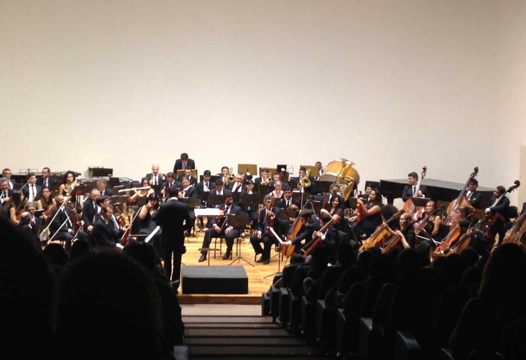 """Sala no Espaço Cultural  onde vi  """"Concerto para a Mão Esquerda"""", de Ravel."""